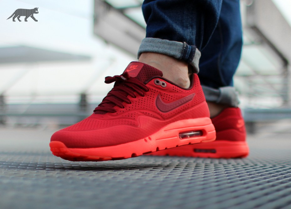 nike air max ultra moire red